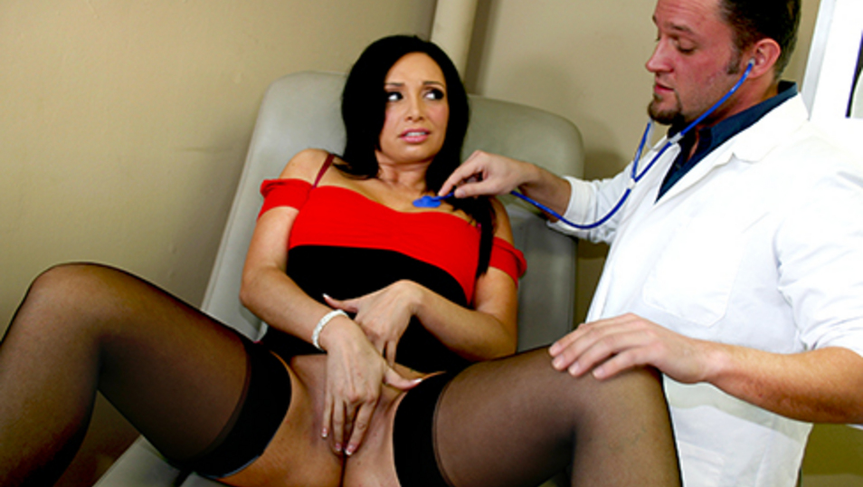 Brunette Milf Getting Fucked By Her Gynecologist